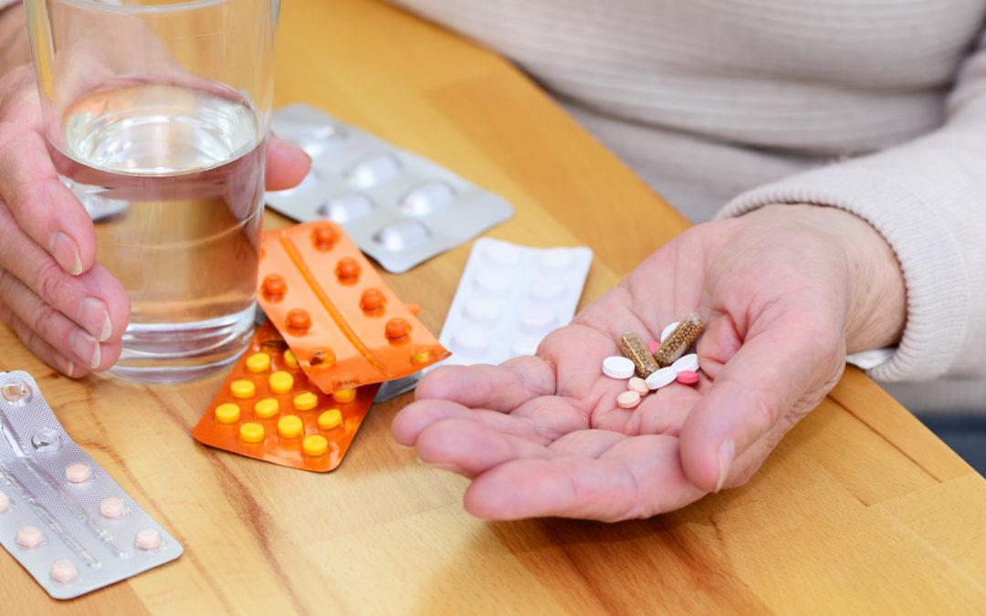 Tipps für ein leichteres Schlucken von Tabletten, Kapseln & Co.